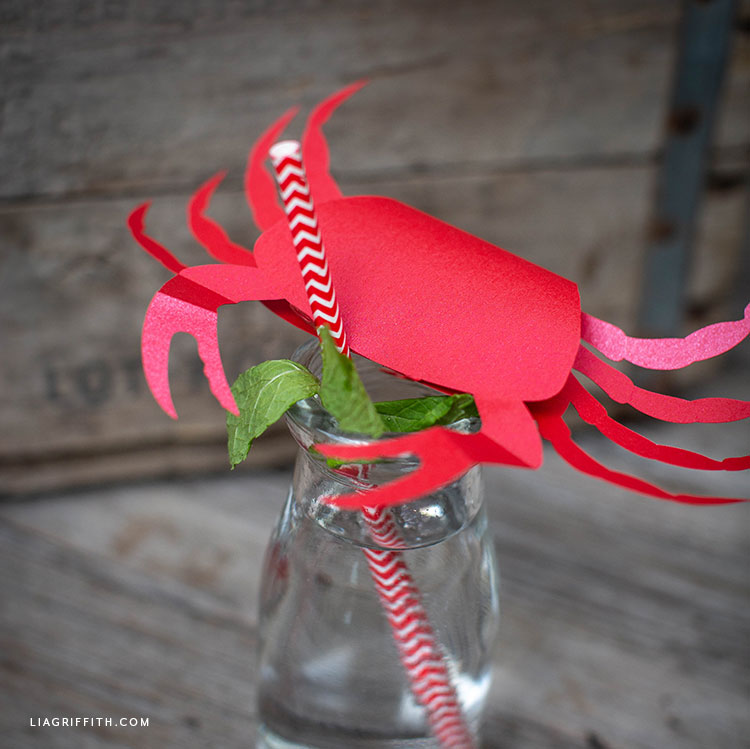red paper crab drink topper