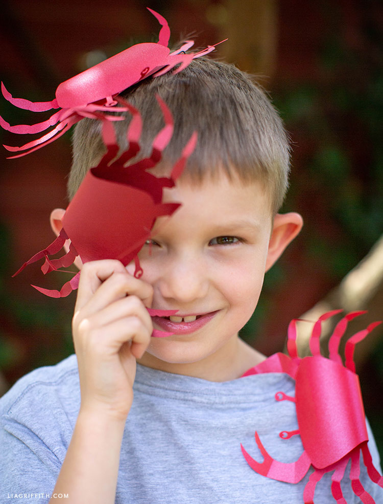kid with papercut crabs