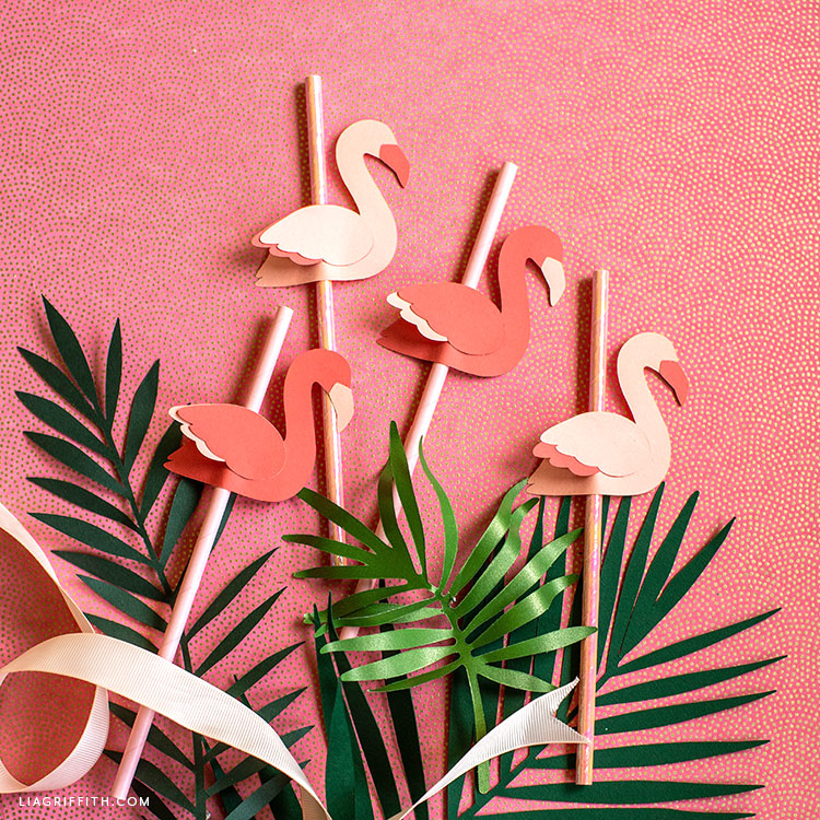 DIY flamingo straw toppers