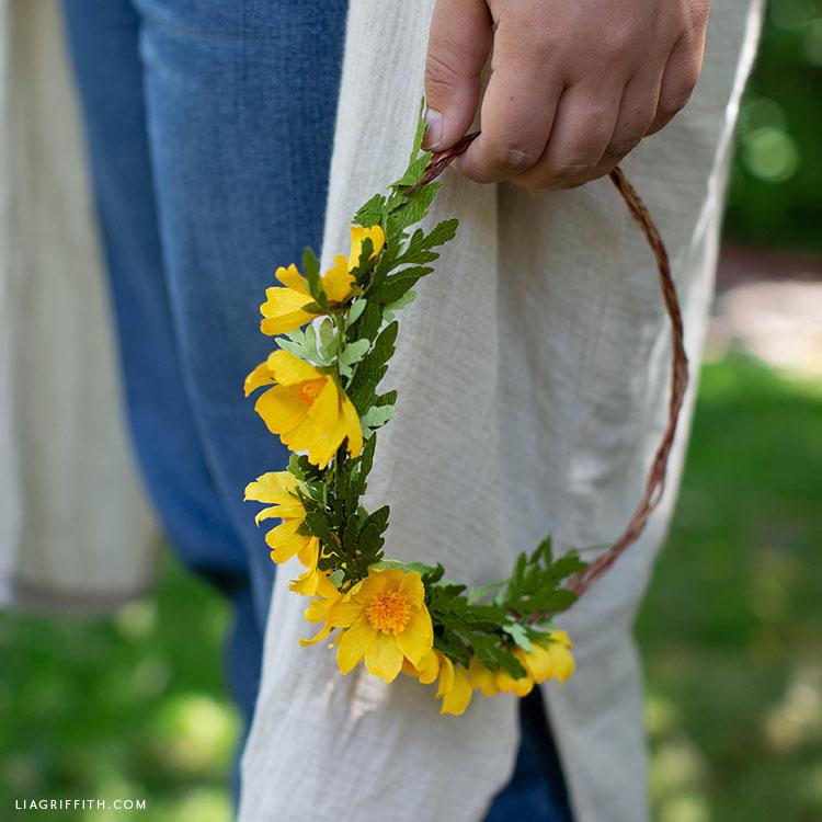 crepe paper woolly sunflower flower crown