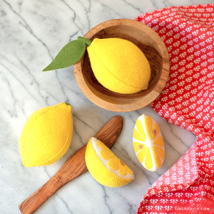 felt lemons and lemon slices