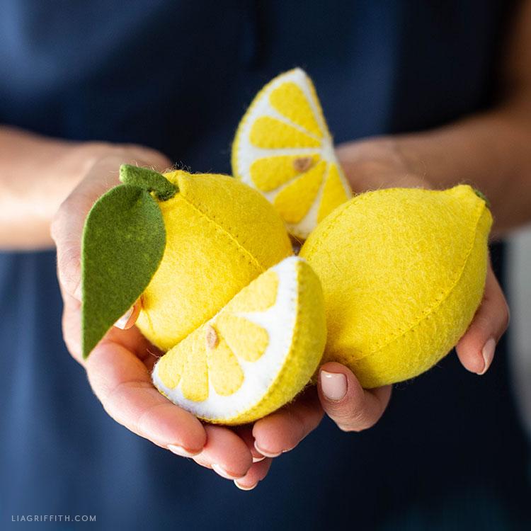 DIY felt lemons and lemon slices