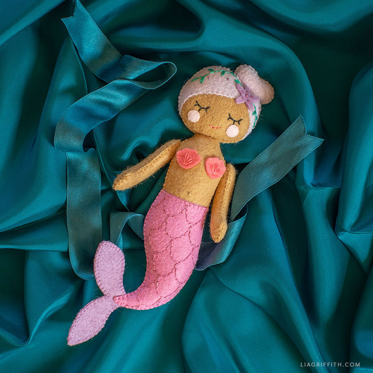 felt mermaid doll