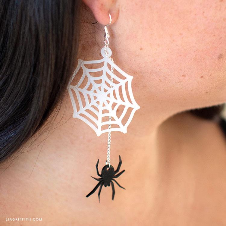 DIY shrink film spider web earrings