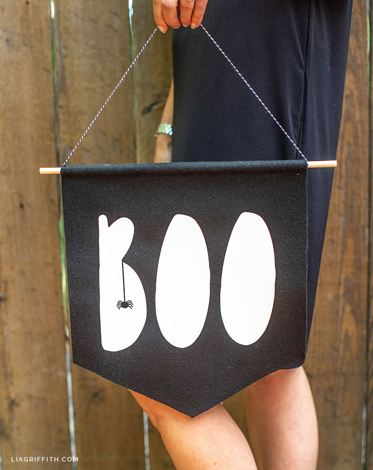 BOO felt Halloween banner