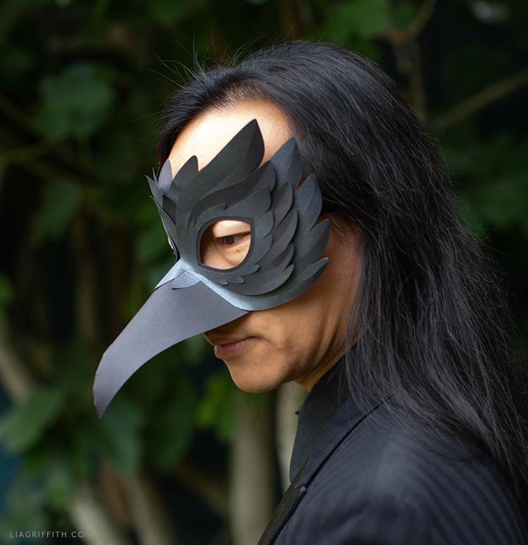 DIY raven mask