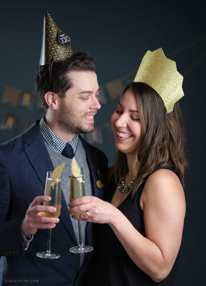 DIY New Year's Eve party hats