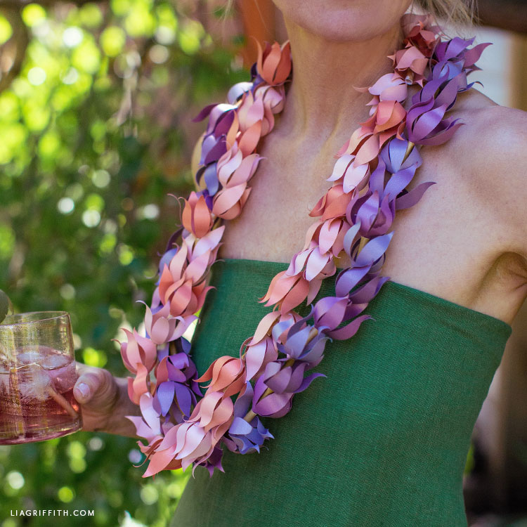 DIY frosted paper ombre leis