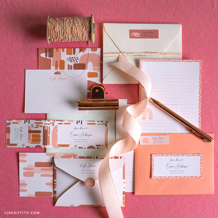 Printable note cards and address labels