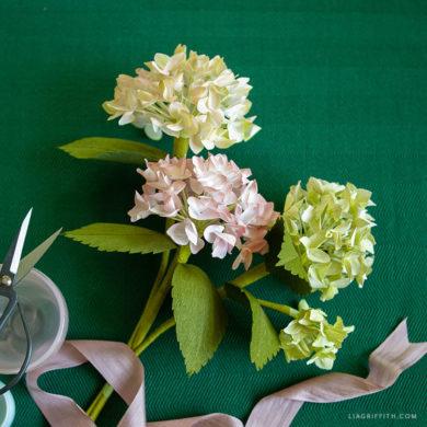 August Member Make: Crepe Paper Hydrangeas