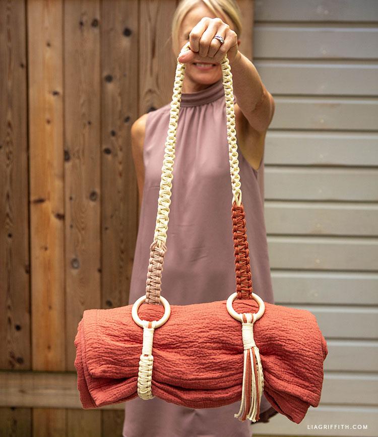 DIY macrame blanket strap