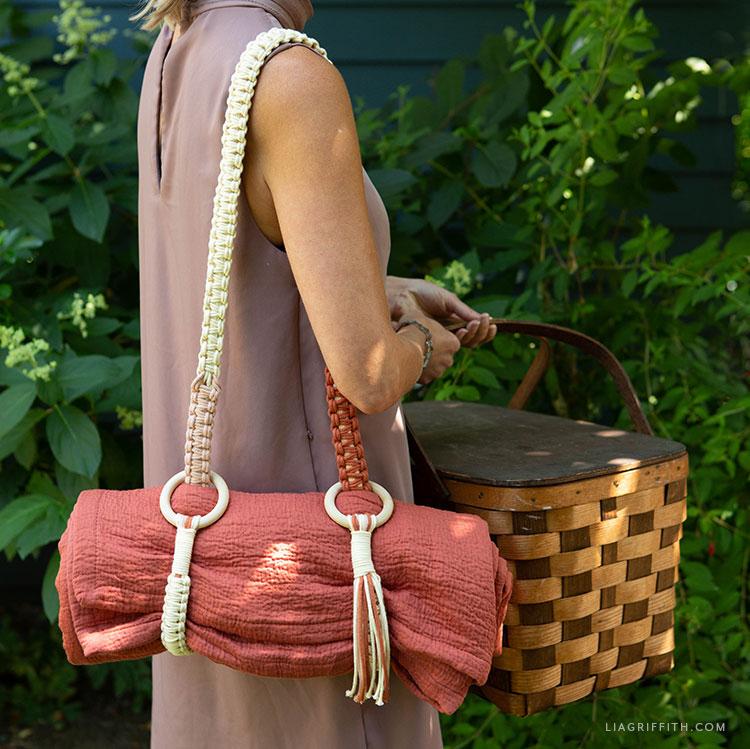 macrame blanket strap for picnic