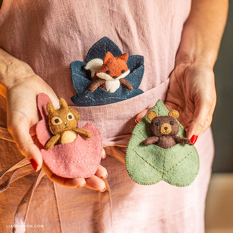 DIY felt woodland pocket pals