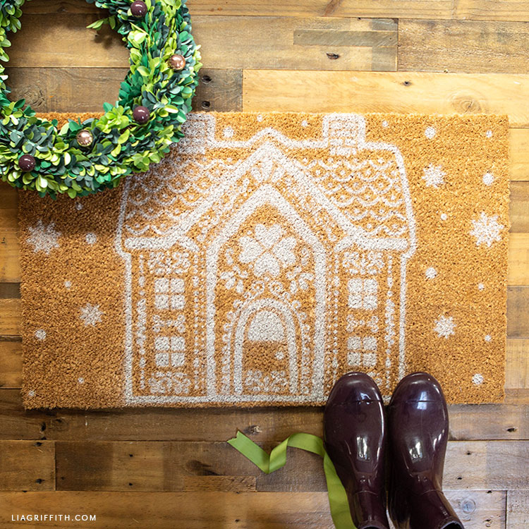 DIY gingerbread house doormat