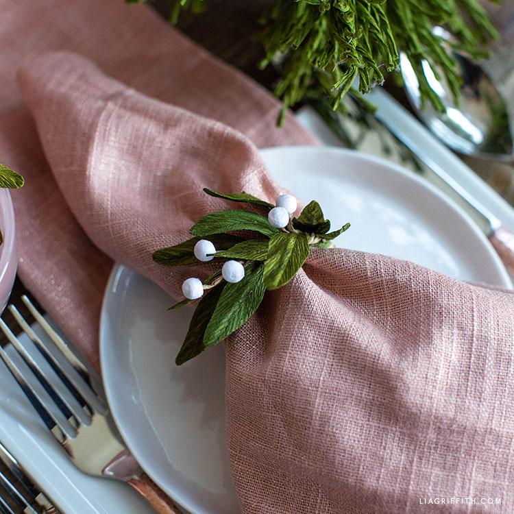 crepe paper mistletoe napkin ring