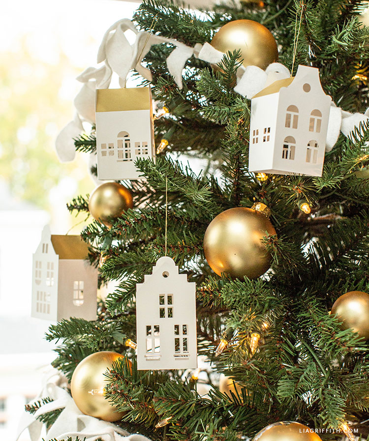 DIY paper European house ornaments for Christmas tree