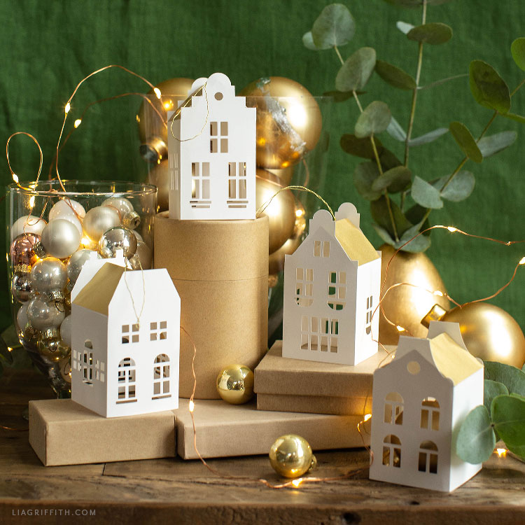 paper European house ornaments