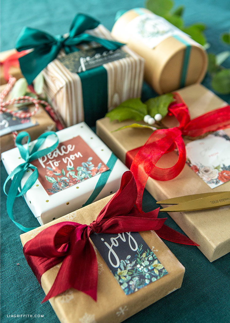holiday labels for Christmas gifts