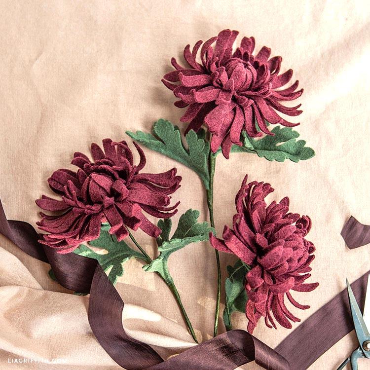 handmade felt chrysanthemums