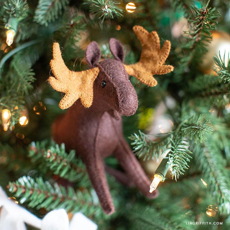 felt moose tree decoration