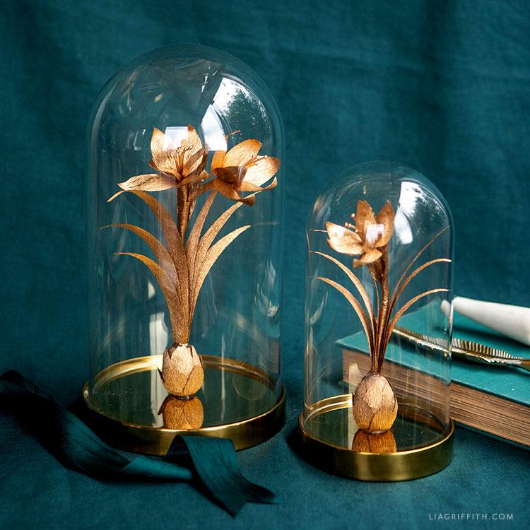 DIY gold crepe paper amaryllis
