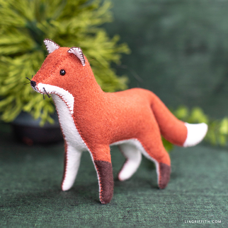 DIY felt red fox