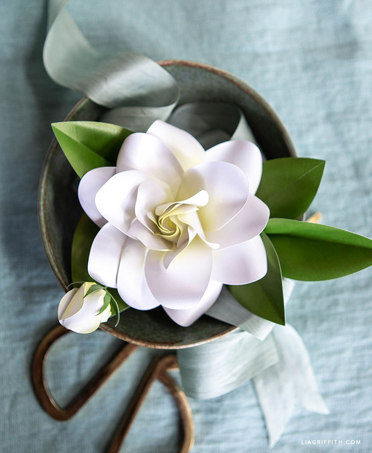 DIY frosted paper gardenia