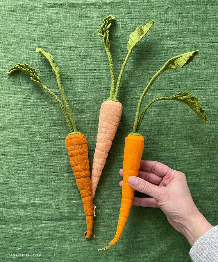 handmade felt carrots