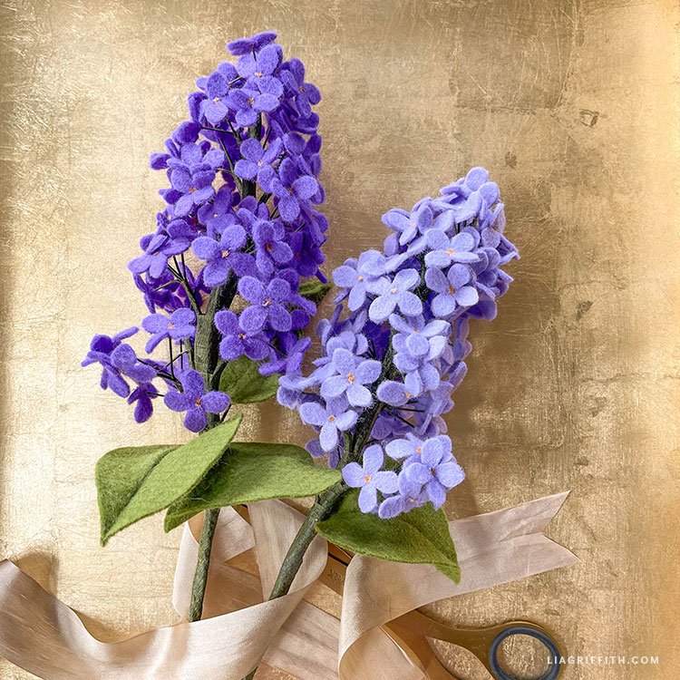 DIY felt lilacs