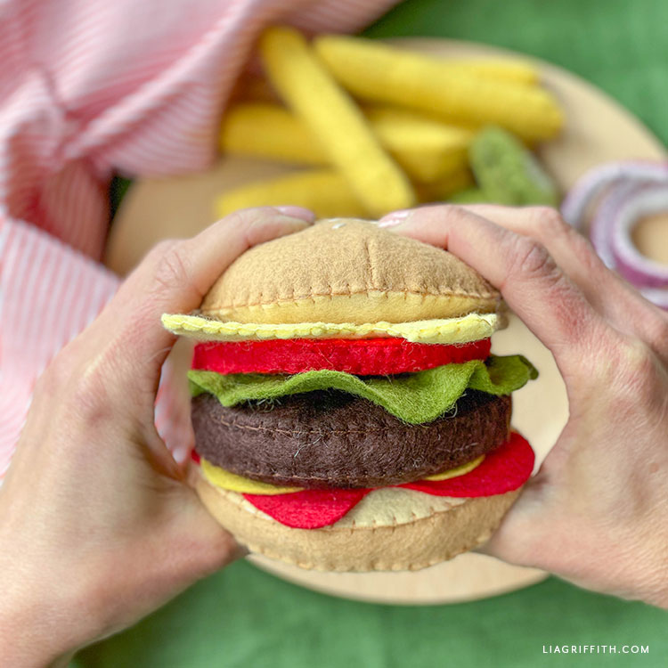 DIY felt burger