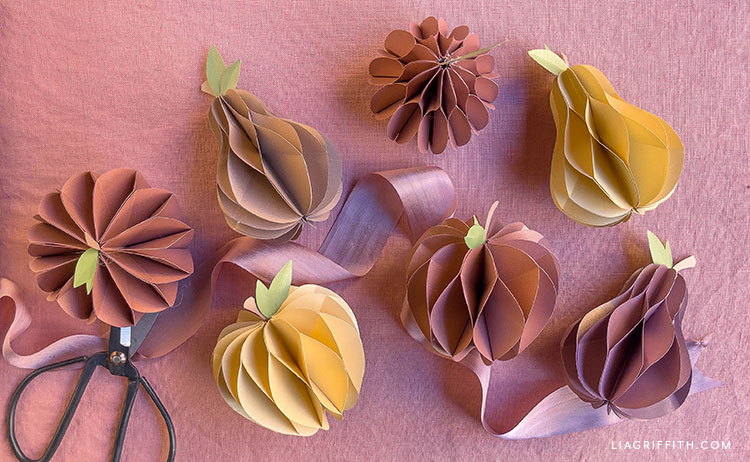 DIY paper honeycomb apples and pears