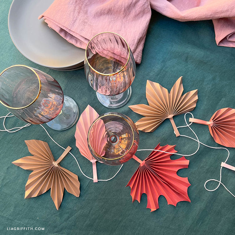 DIY frosted paper accordion fall leaves table decor